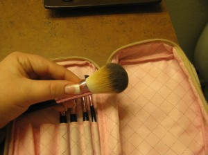 Too Faced Teddy Bear Hair makeup brushes
