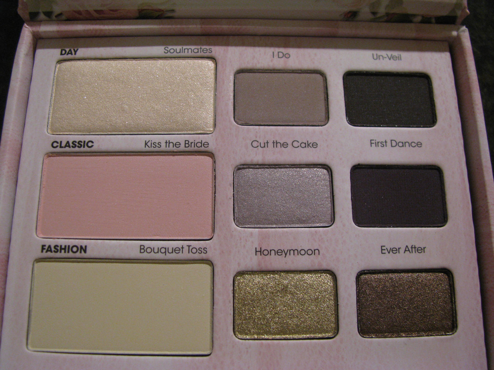 Review Amp Swatches Too Faced Romantic Eye Palette