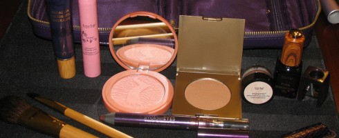 Review & Swatches: tarte Glow Your Way To Gorgeous 8 Piece Collection